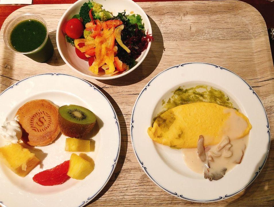 パインテラスの朝食ビュッフェ