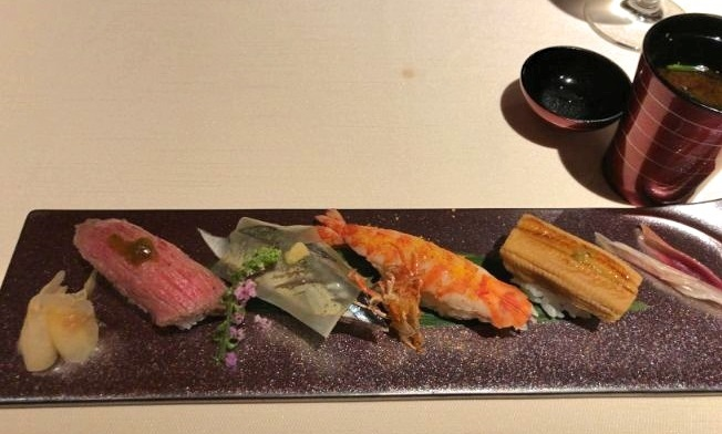 白露の寿司9貫