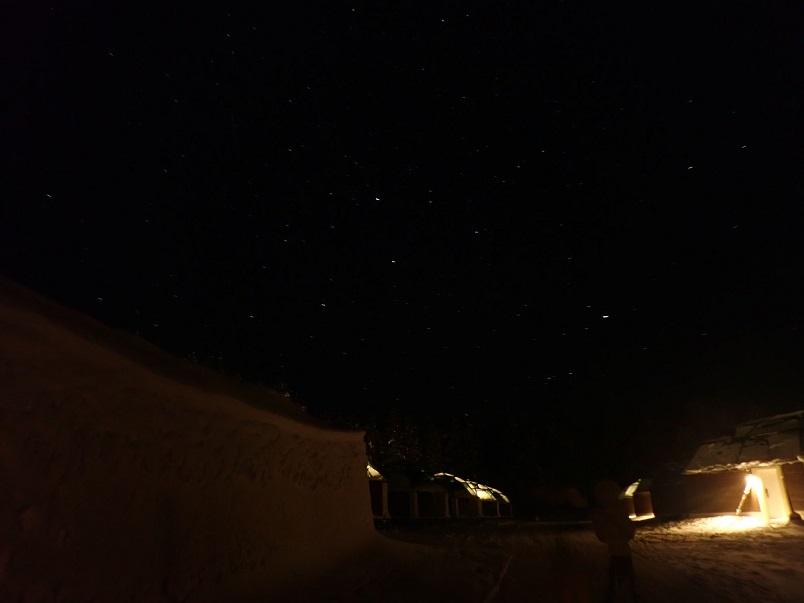 ロヴァニィ号ツアーの夜空