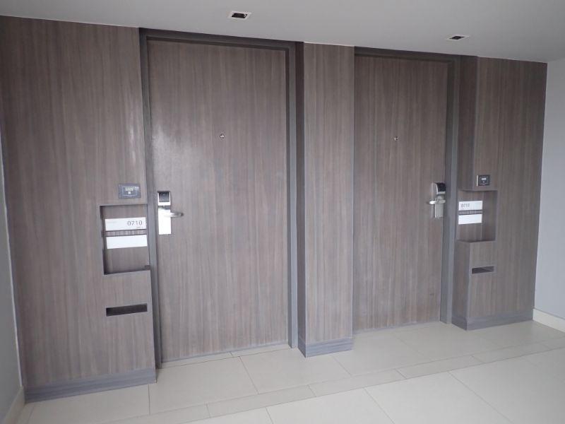 ルメリディアンスワンナプーム部屋入口画像