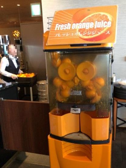 オレンジの生絞りコーナー