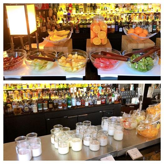 セントレジス朝食バイキングのフルーツやヨーグルト
