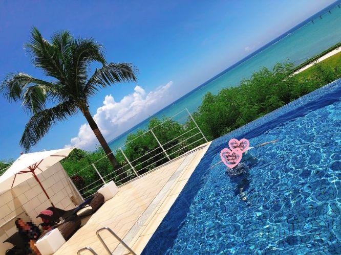 瀬長島ホテルのプール