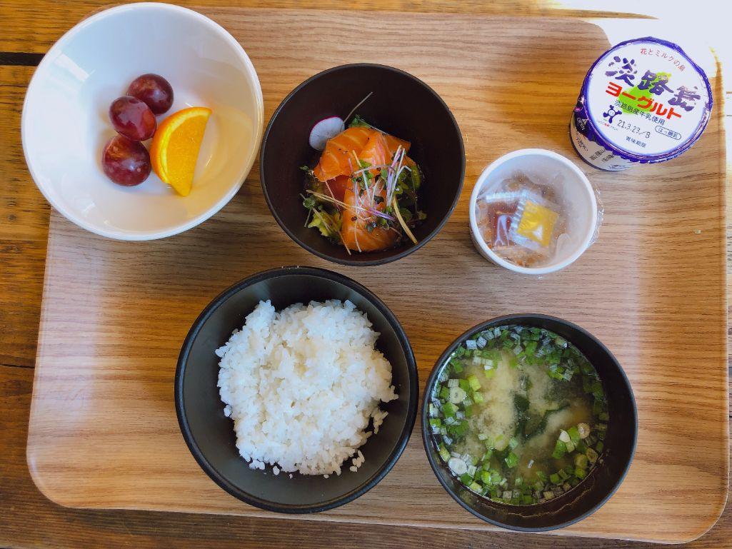 ポケ丼朝食