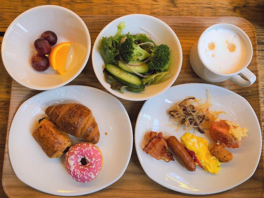 アメリカンスタイルの朝食
