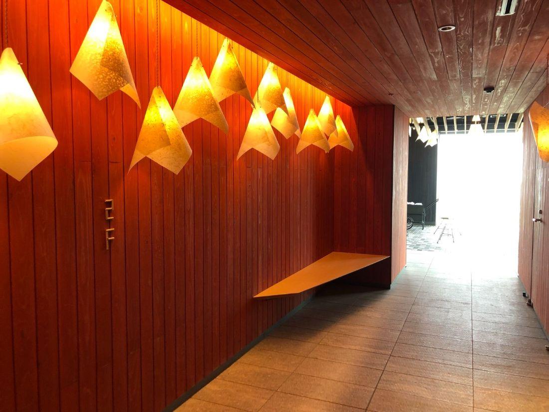 界別府の2階エレベーター前